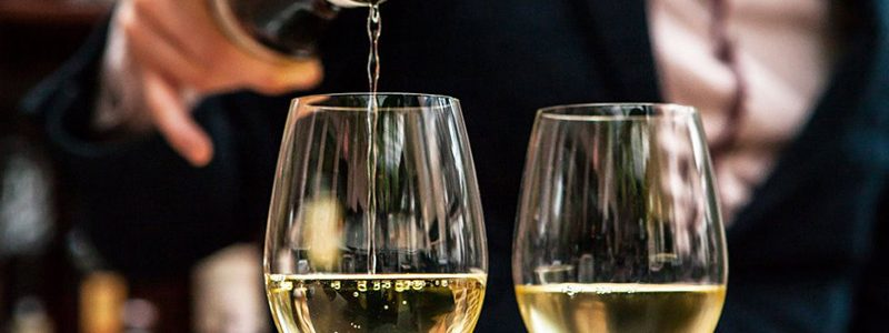 How to choose the right wine for your meal